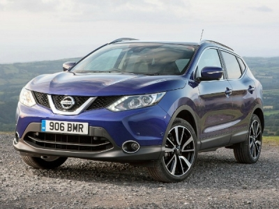 Nissan Qashqai SUV 1.2 DiG-T N-Connecta [Glass Roof Pack]