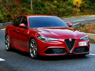 alfa romeo giulia leasing alfa romeo giulia saloon 2 9 biturbo v6 510 quadrifoglio business. Black Bedroom Furniture Sets. Home Design Ideas