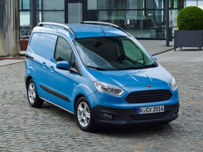 Ford Transit Courier 1.5 TDCi 95ps Sport