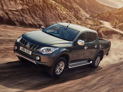 Mitsubishi L200 Double Cab 2.4 DI-D 150 Warrior 4WD (SERIES 6)